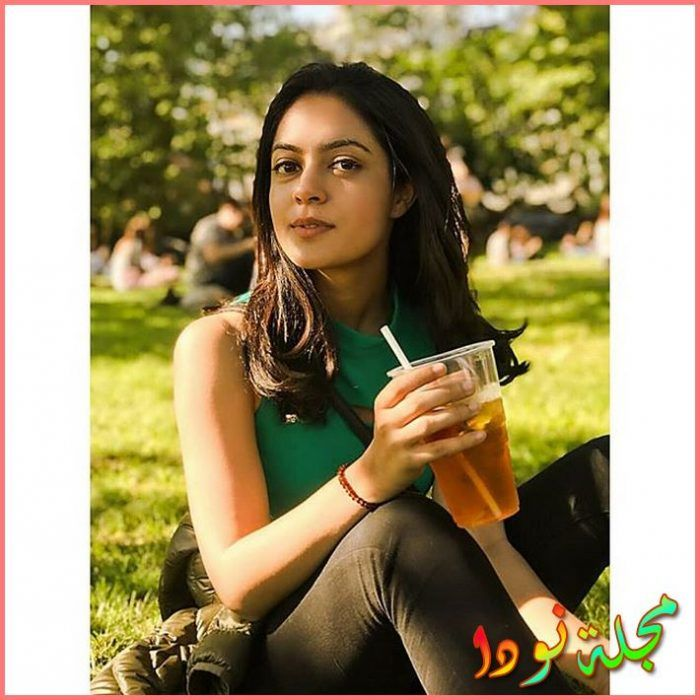 الهندية Anya Singh