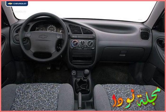 صورة السيارة من الداخل