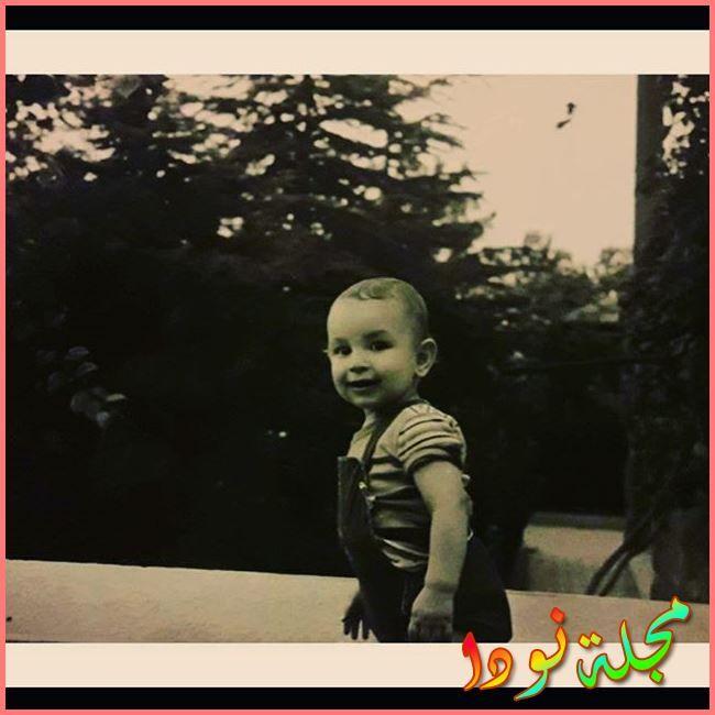اونور صايلاك وهو طفل صغير
