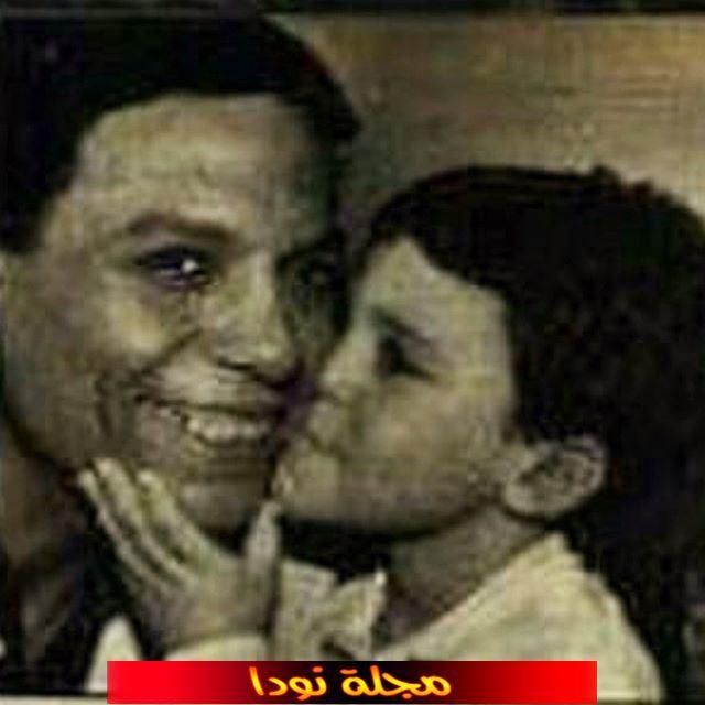 صورة له مع عادل امام وهو صغير