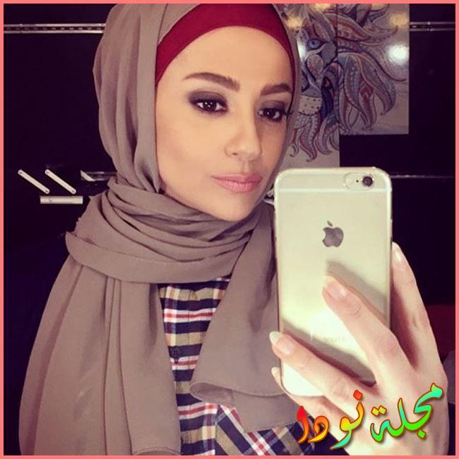 مريم حسن بالحجاب