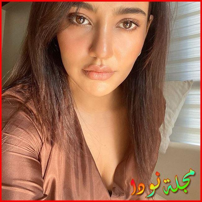 الممثلة وعارضة الأزياء Neha Sharma