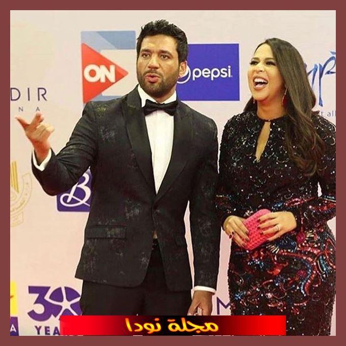 صورة جميلة للفنان حسن الرداد وزوجته