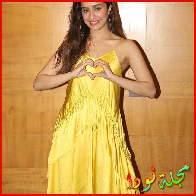 Shraddha Kapoor بالأصفر