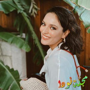 معلومات عن ايزجي مولا وزوجها ديانتها مسلسلاتها وتقرير كامل